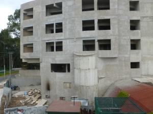 Construcción de hotel sobre suelo protegido en Cuemanco